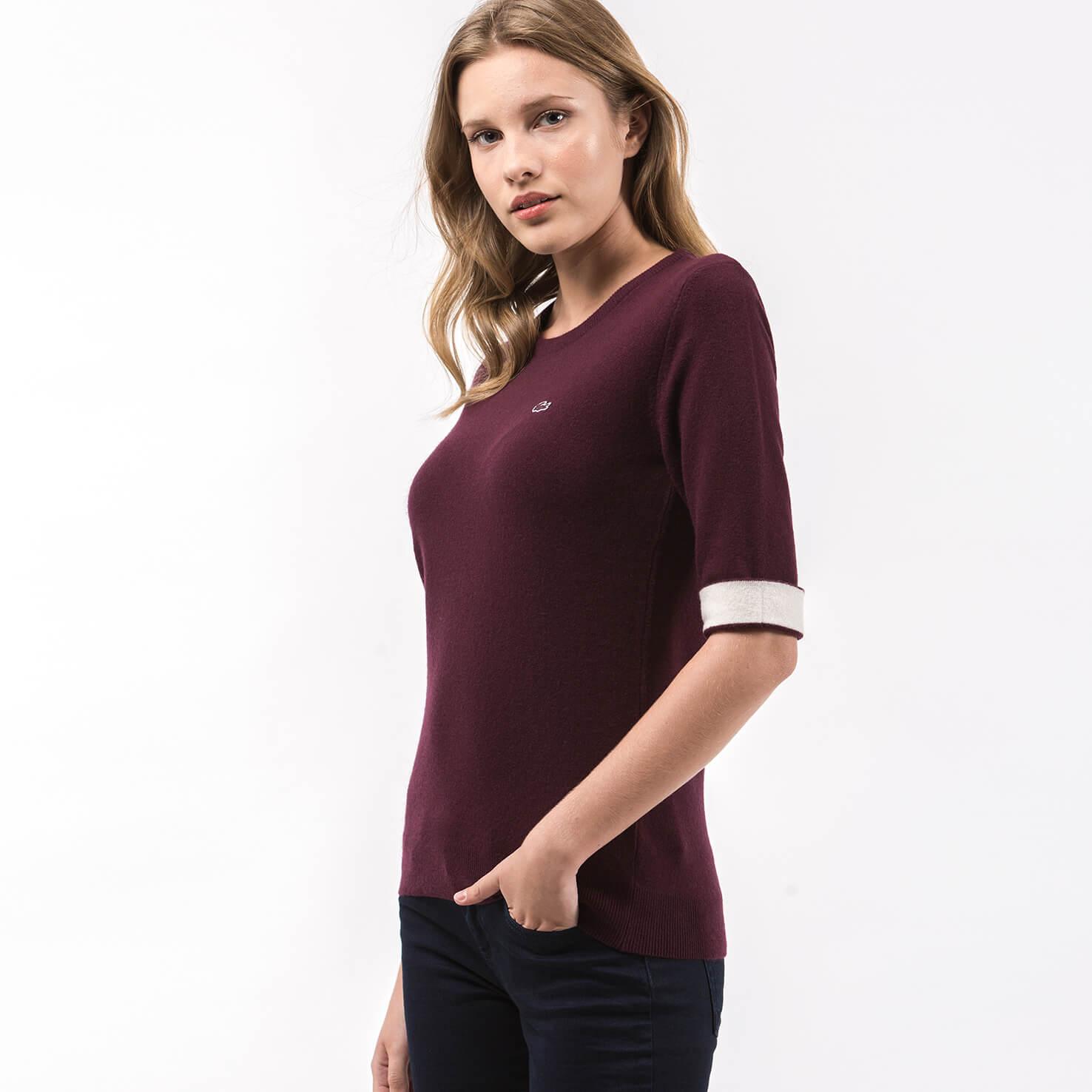 Фото 2 - Женский свитер Lacoste бордового цвета