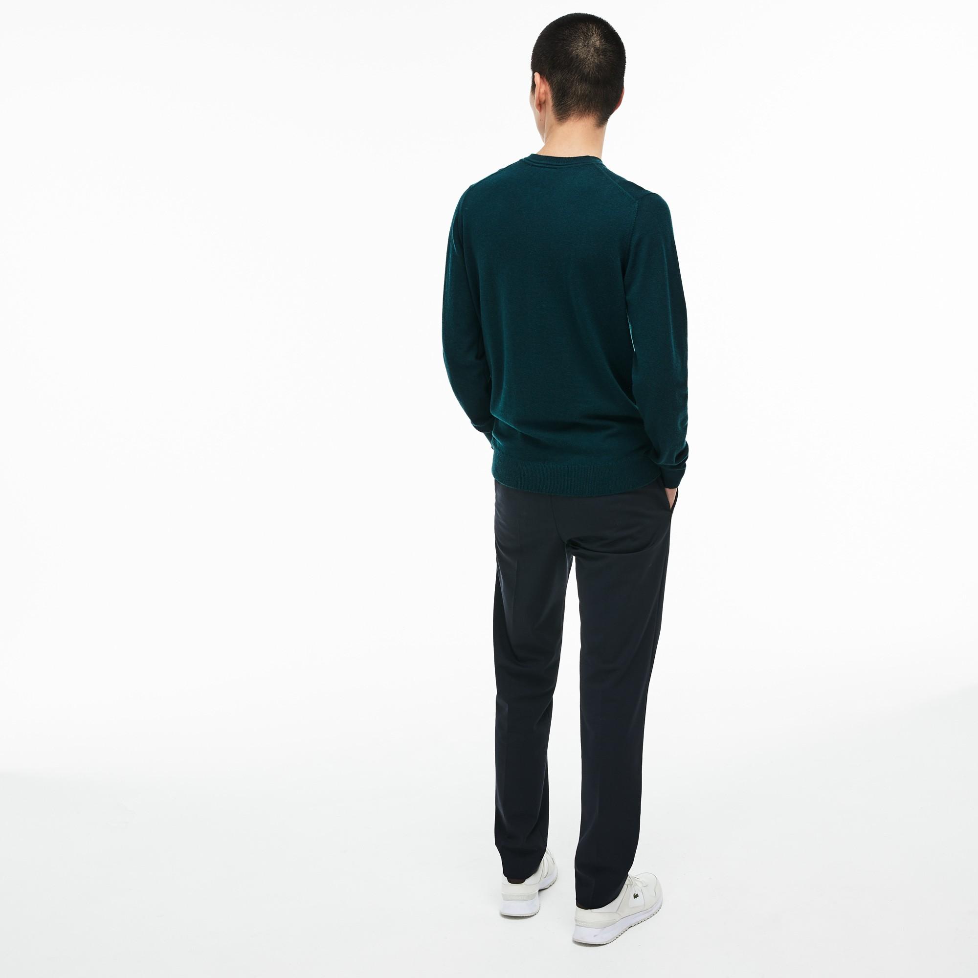 Фото 4 - Мужской свитер Lacoste зеленого цвета