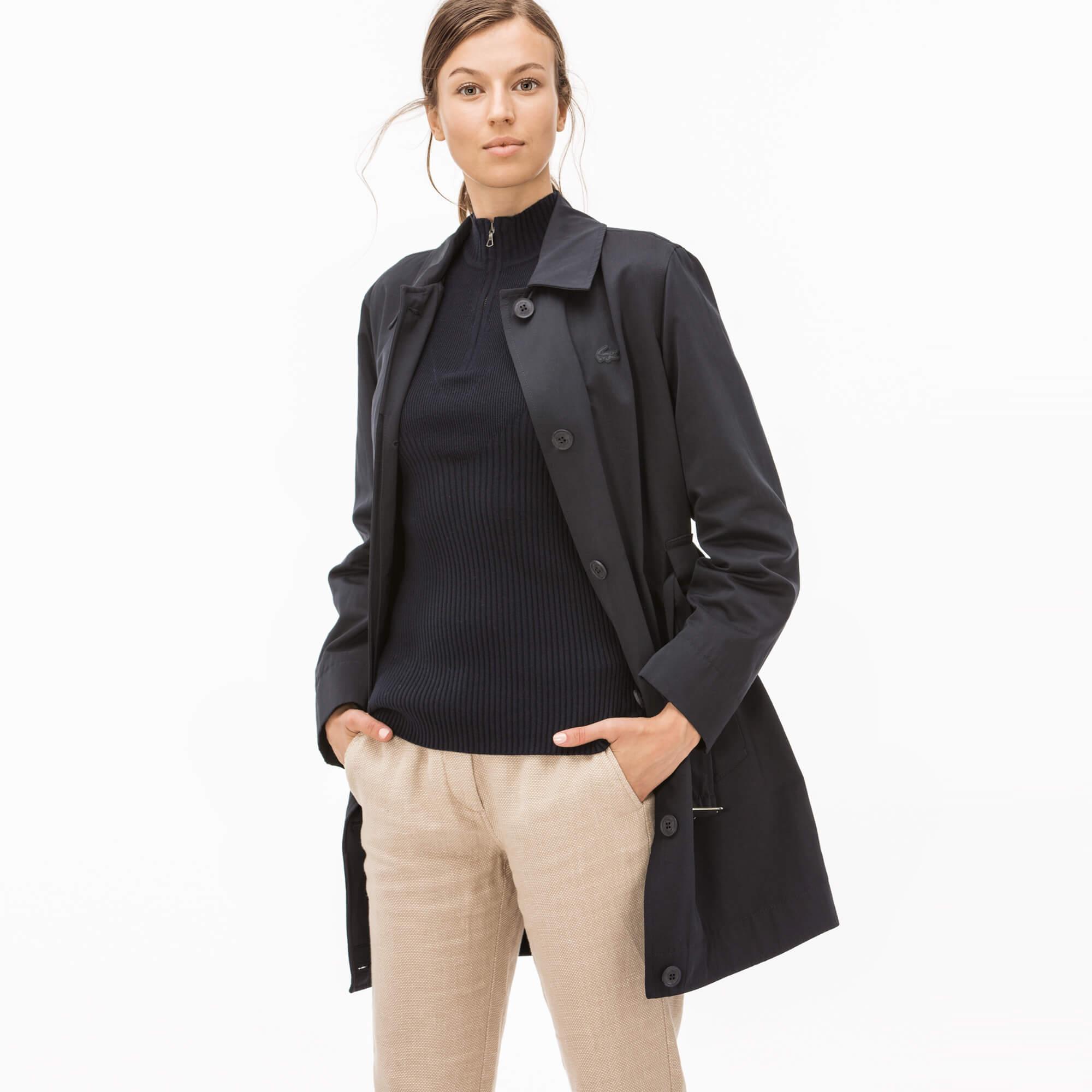 Фото 4 - Куртку Lacoste темно-синего цвета