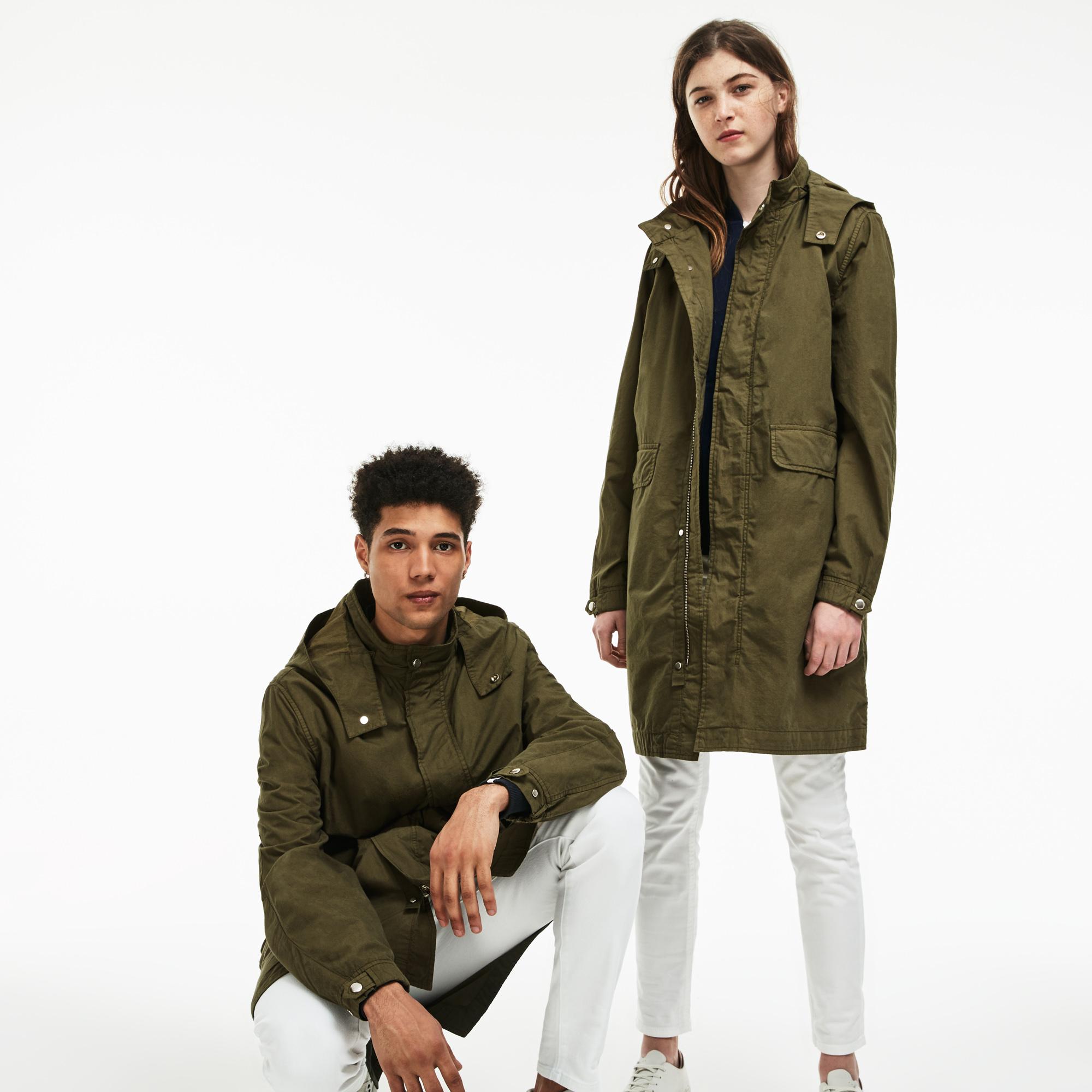Фото 4 - Куртку Lacoste зеленого цвета