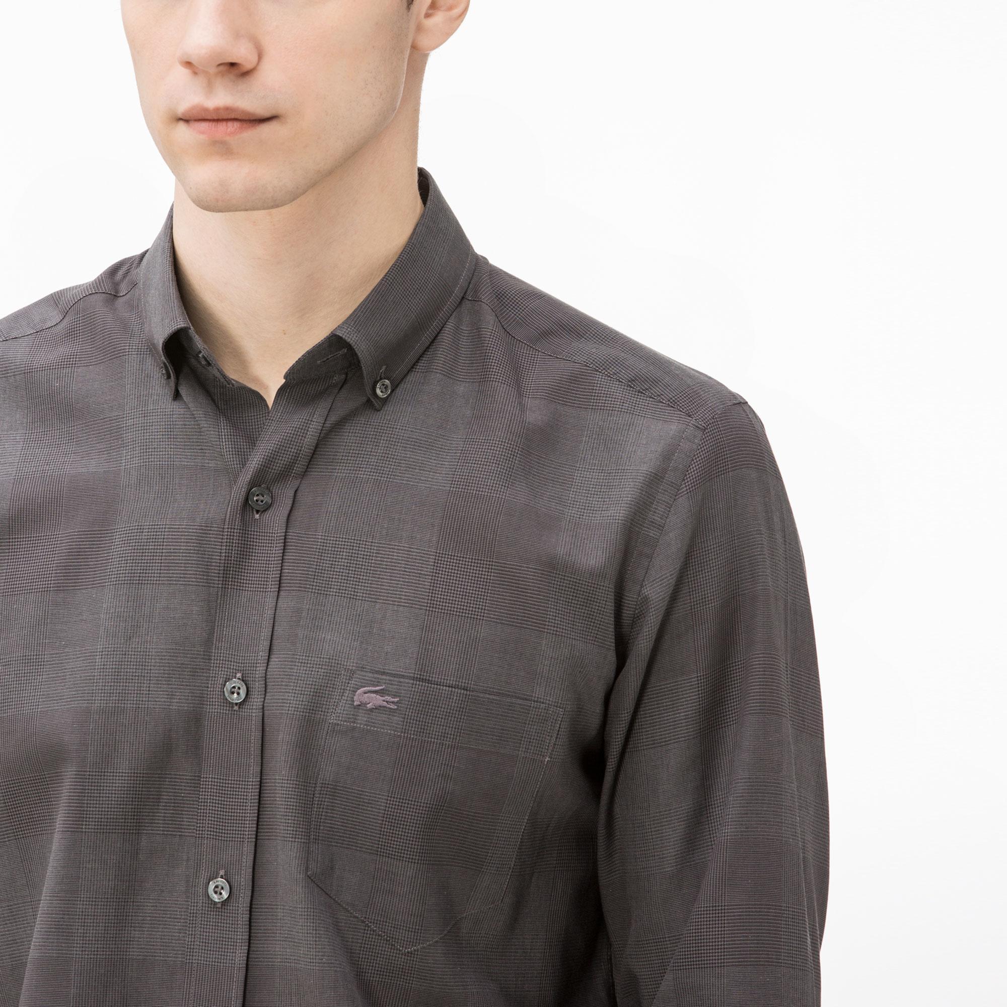 Фото 2 - Мужскую рубашку Lacoste серого цвета