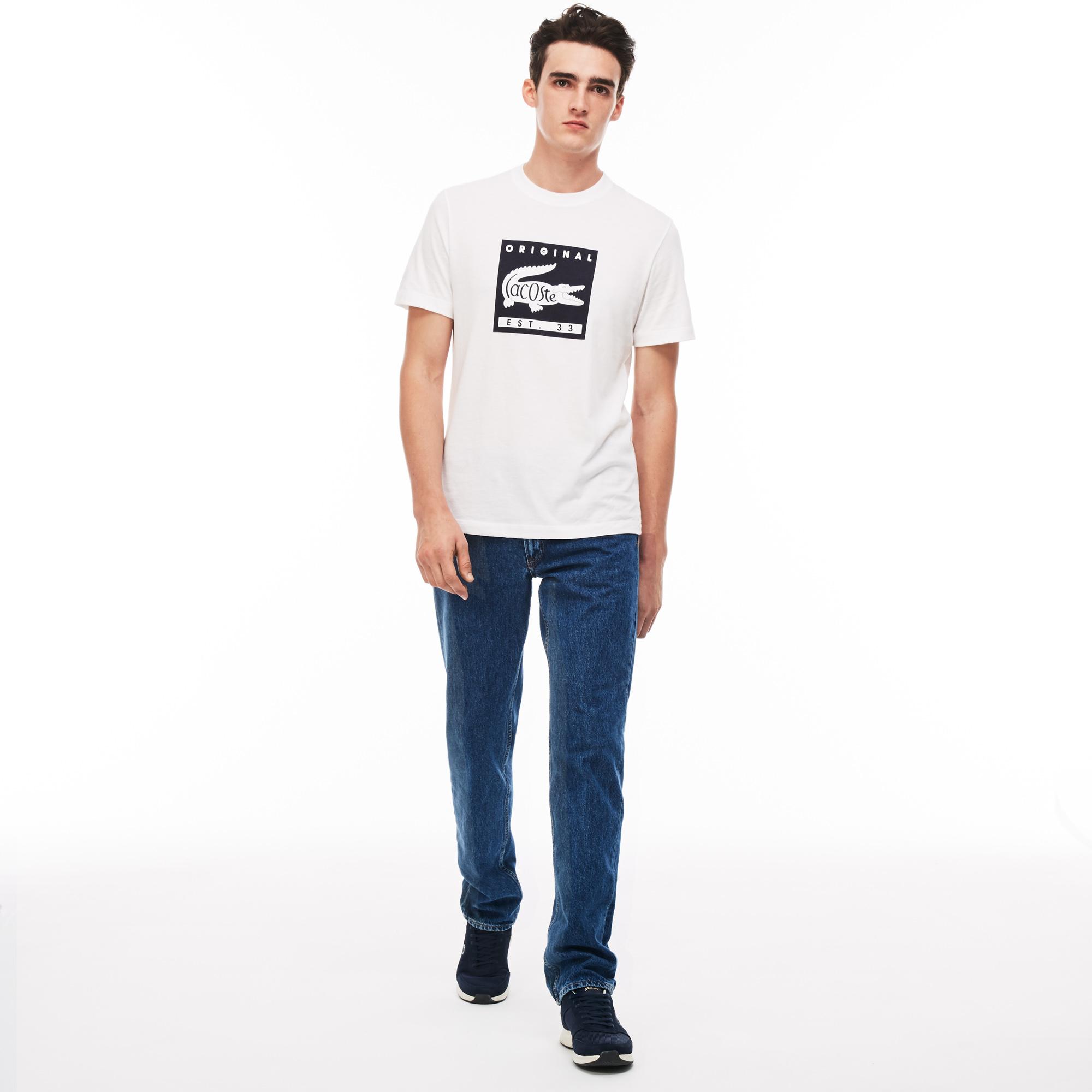 Джинсы Lacoste Slim fitБрюки<br>Детали: стильные мужские джинсы  \ Материал: 100% хлопок 50% хлопок 50% полиэстер \ Страна производства: Тунис