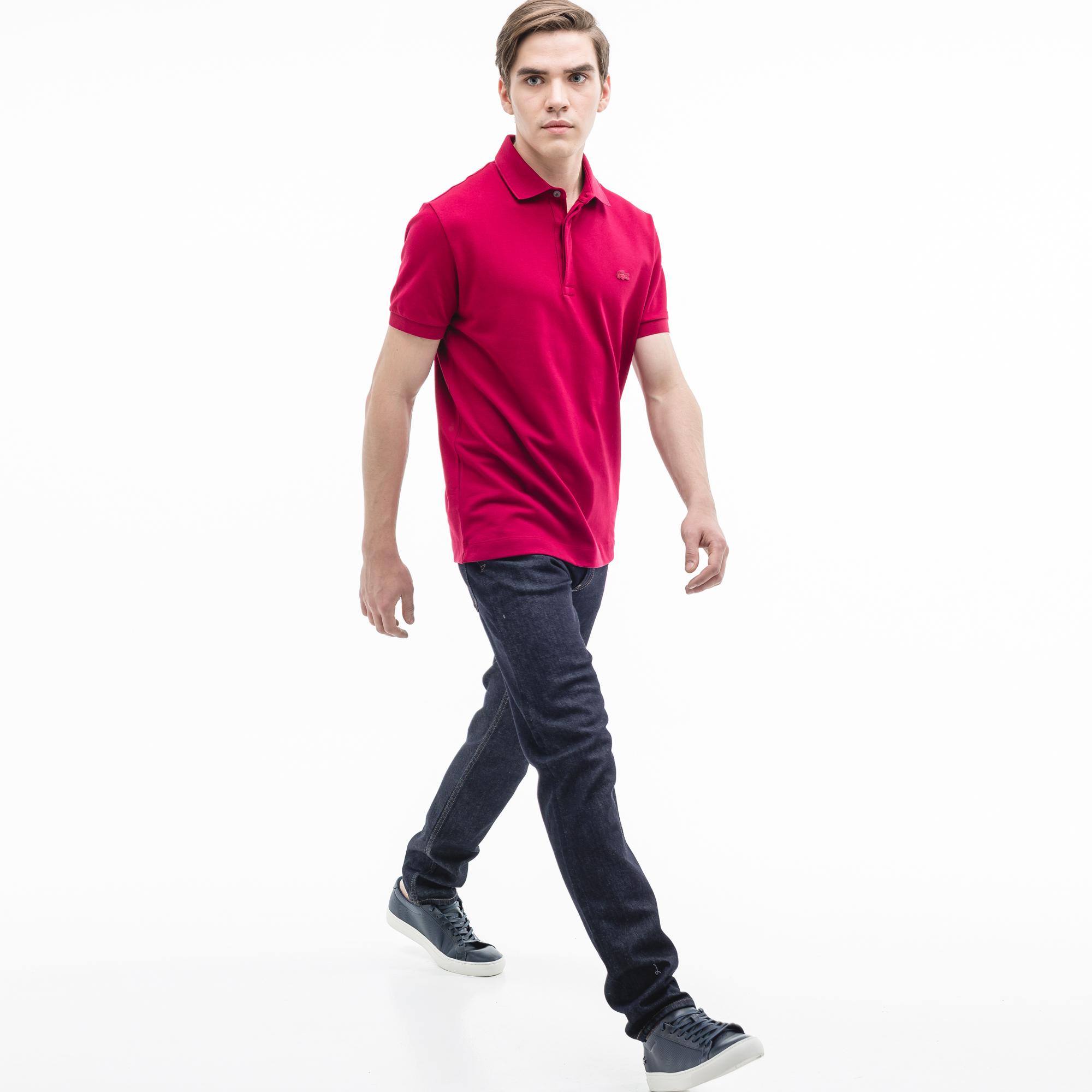 Джинсы Lacoste Slim fitБрюки<br>Детали: стильные мужские джинсы  \ Материал: 98% хлопок 2% эластан 50% хлопок 50% полиэстер \ Страна производства: Тунис