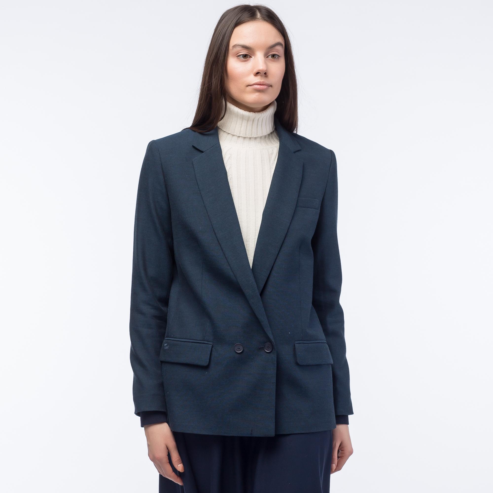 Пиджак LacosteВерхняя одежда<br>Детали: стильный женский пиджак  \ Материал: 72% хлопок 28% шерсть \ Страна производства: Болгария